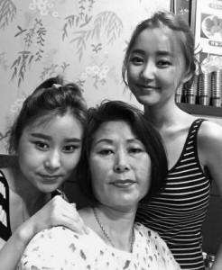 In-order-to-live-a-North-Korean-Eunmi-mother-Yeonmi-Seoul-2015